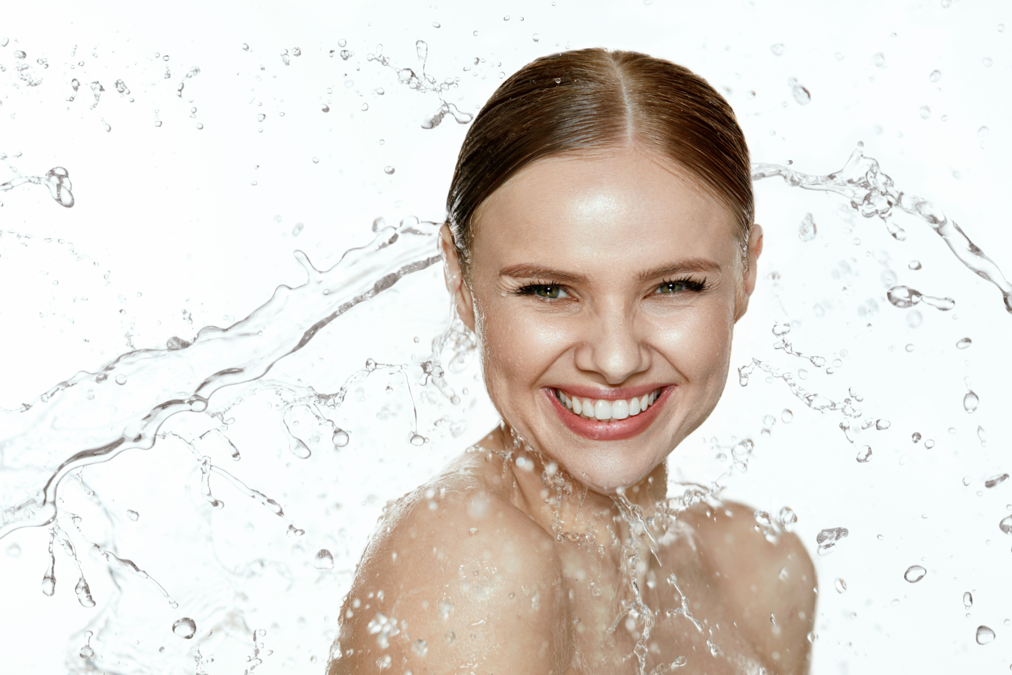 Not-So-Secret Ingredient Can Boost Your Skin Hydration 1,000X Its Weight